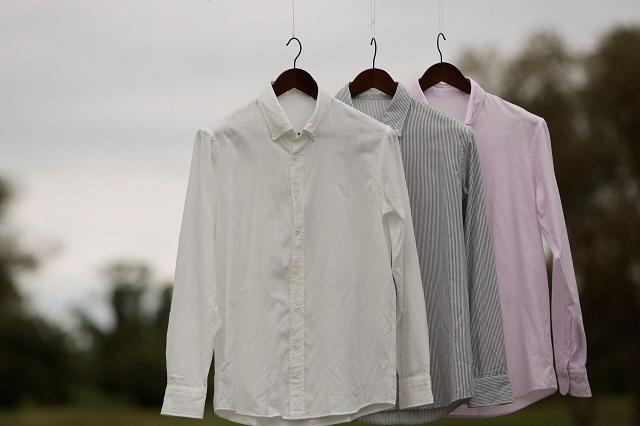干されたシャツたち